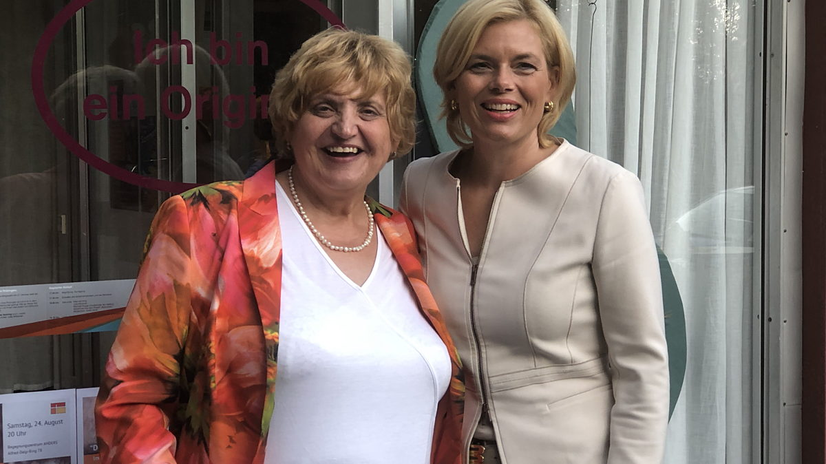 Landtagspräsidentin Birgit Diezel und Bundesministerin Julia Klöckner