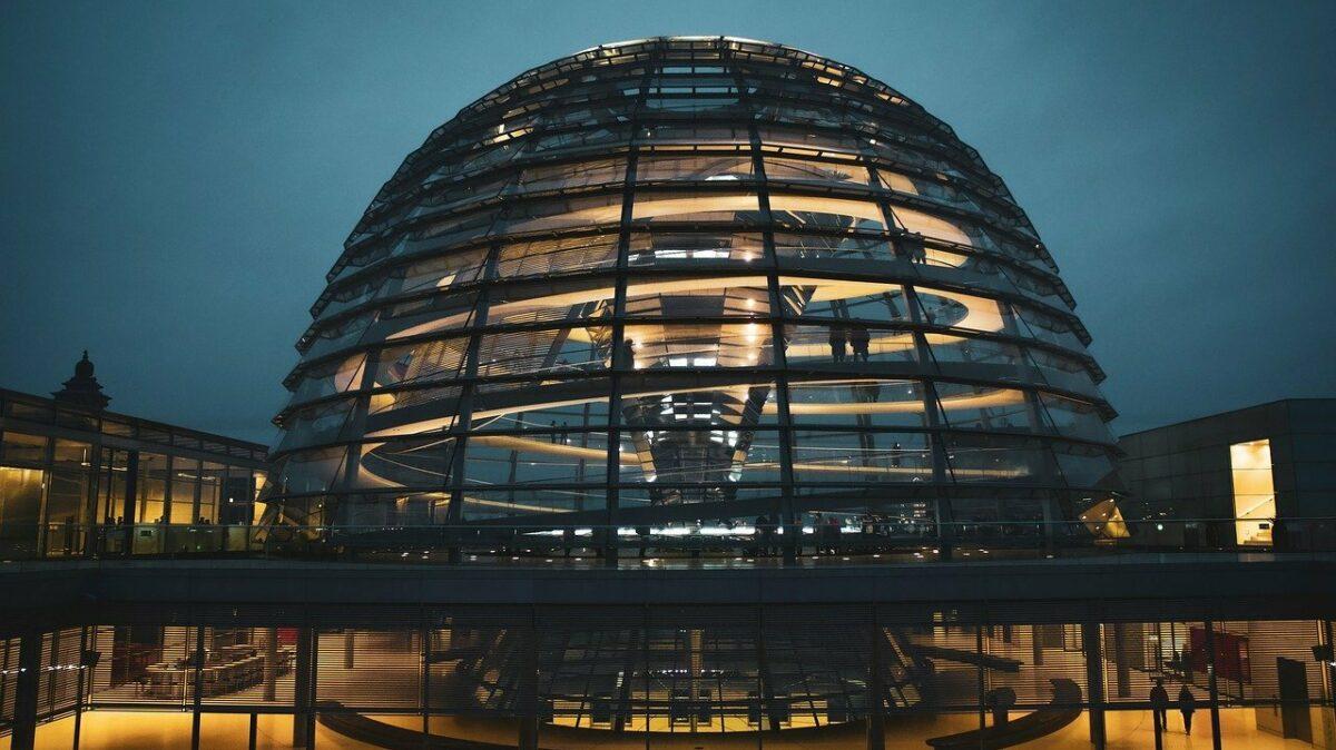 Reichstag Kuppel Dunkel