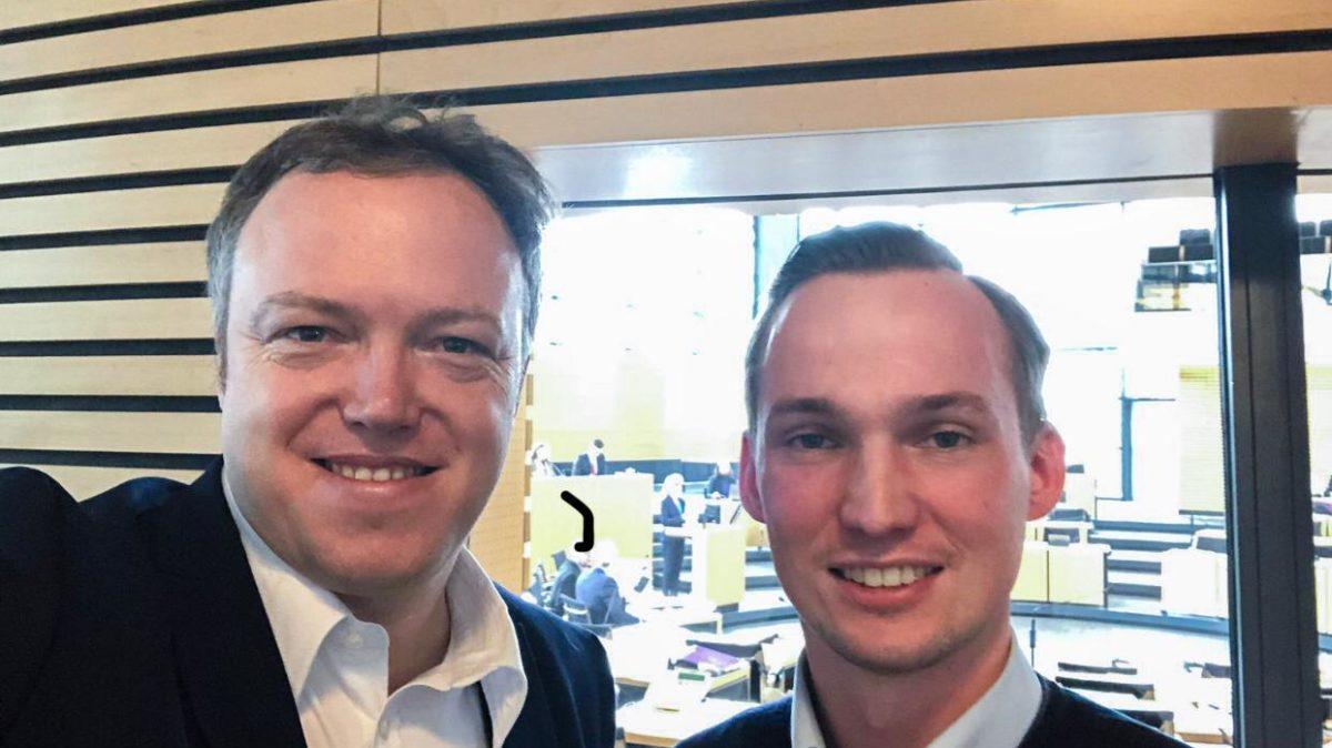 Mario Voigt Und Richard Machnik Im Thueringer Landtag