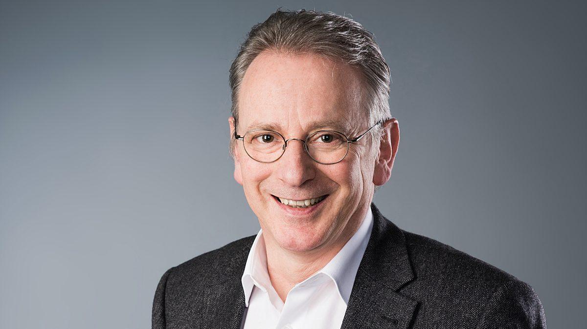 31. Dr. Andreas Moeckel