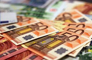 Money 1005477