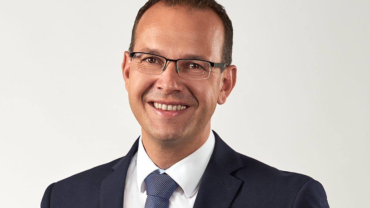 Martin Henkel Portraet Gross 010919