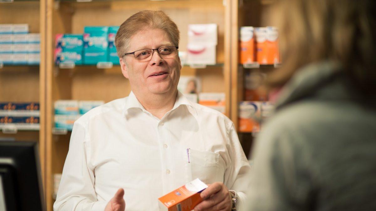Dr. Eberhard Scharf