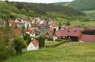 Dorf Medium